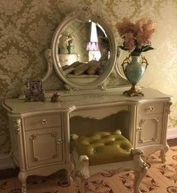 French Style Bedroom Furniture / French Dressing Table Hand Made Carve